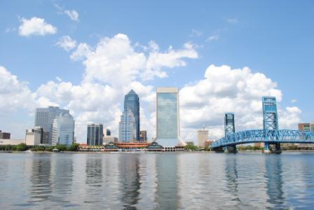 Jacksonville_Florida_downtown-kayaking_canoe